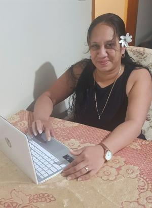 HOW TAFE NSW HELPED THIS MOTHER-OF-SEVEN GET ONLINE DURING A PANDEMIC