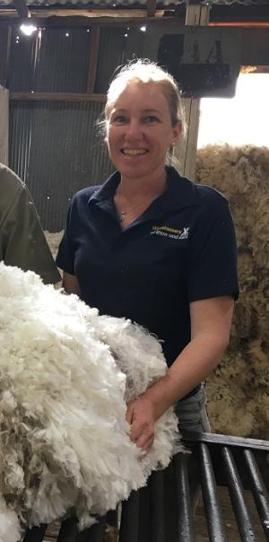 New TAFE NSW course to help wool classer shortage at Grenfell