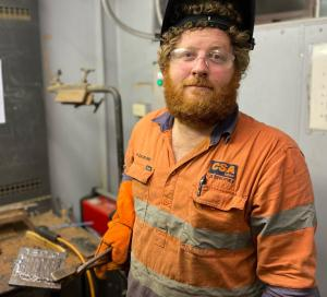 FORMERTAFE NSWAUTOMOTIVE STUDENTA DRIVING FORCE IN THE CLASSROOM FOR NEW GENERATION OF MECHANICS