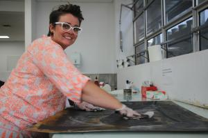 Wagga mum eyes a career on canvas