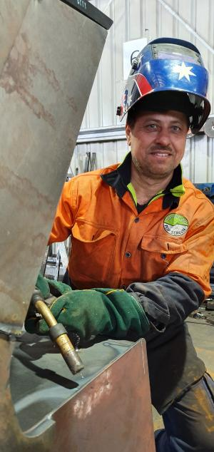 Hand of hope: TAFE NSW building skills to change lives