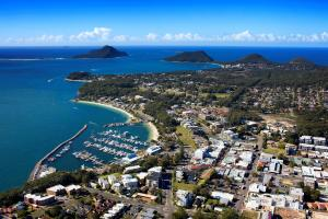 TAFE NSW HELPING TO SUPERCHARGE SMALL BUSINESSIN PORT STEPHENS