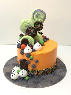 Get spooky with TAFE NSW Australian Patisserie Academy's Halloween cake workshop
