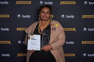 Juanella McKenzie shines at TAFE NSW Gili Awards