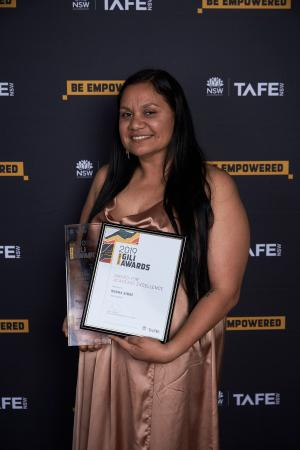 Norma Binge shines at TAFE NSW Gili Awards