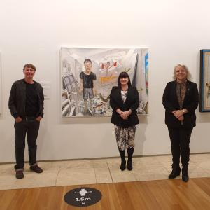 TAFE NSW teacher takes out prestigious art prize