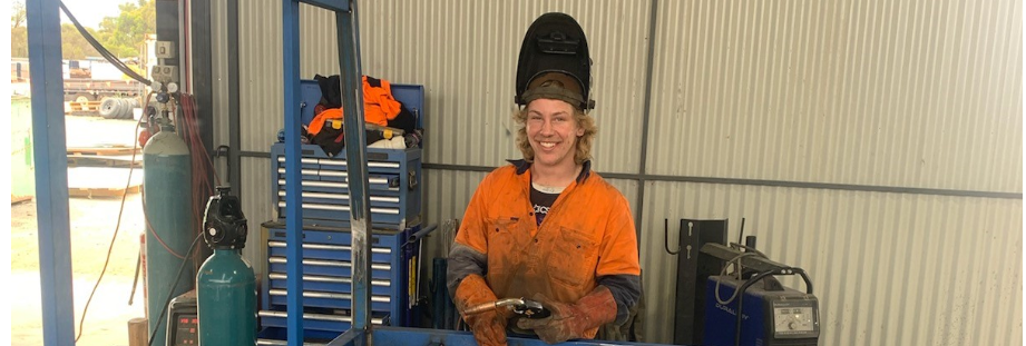 TAFE NSW West Wyalong welding 'taste test' course hailed a stunning success
