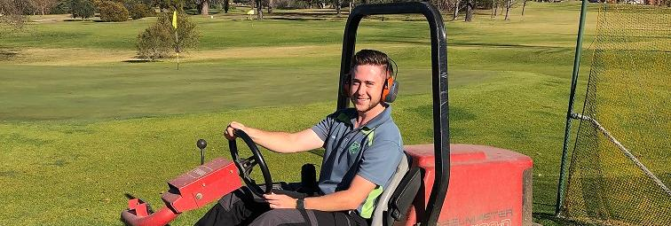 TAFE NSW graduate chips his career perfectly onto the green