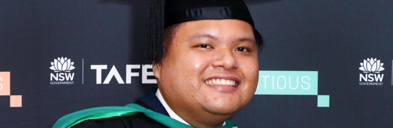 Ron Rocio honoured at TAFE NSW Higher Education Graduation Ceremony
